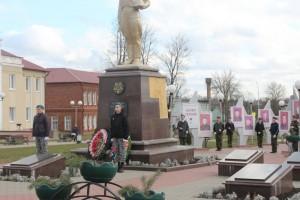 В Сенно прошел митинг, посвященный Дню защитников Отечества и Вооруженных Сил Республики Беларусь